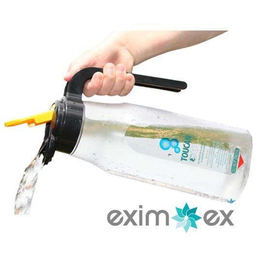 214-ctp013_toucan_eco_jug_pouring_hr_001-592620d8d039a2b0